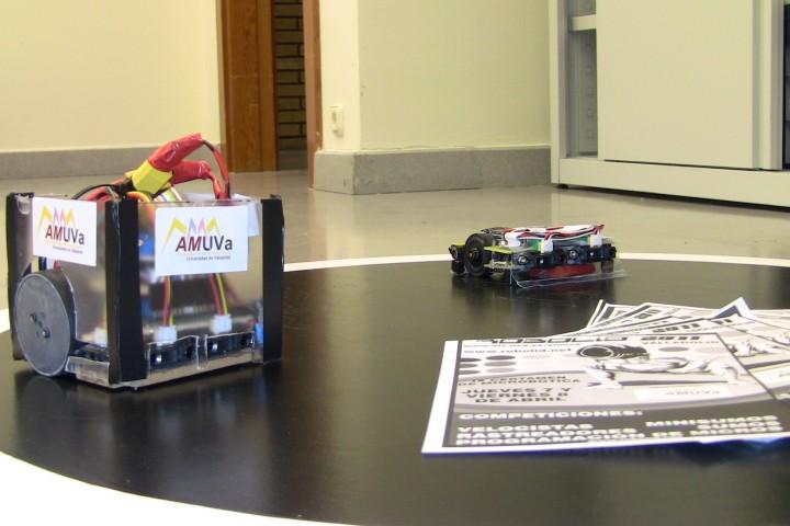 Robots, robots y mas robots: DeustoBot 2011 y Robolid 2011
