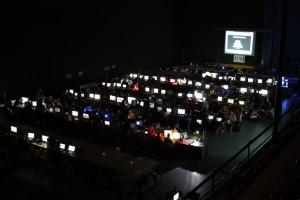 PalLANtia en Red 2011 de noche, cientos de ordenadores en linea