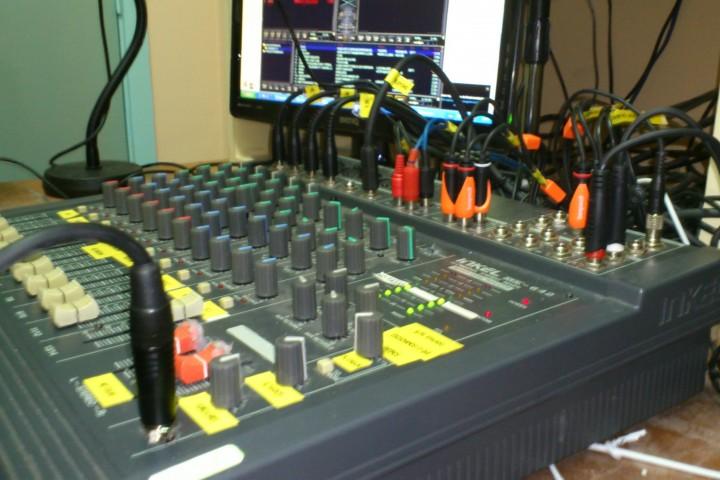 ACUP Radio – Montaje de la sala de radio que realicé – Inaguración